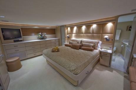 100ft wesport yacht