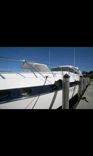 mangusta yacht 86'
